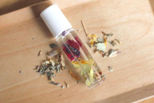 アロマ香水